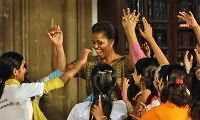 Michelle Obama dances with kids in India