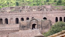 Bhangarh Scariest Palace and City in India Pictures of Bhangarh & Story